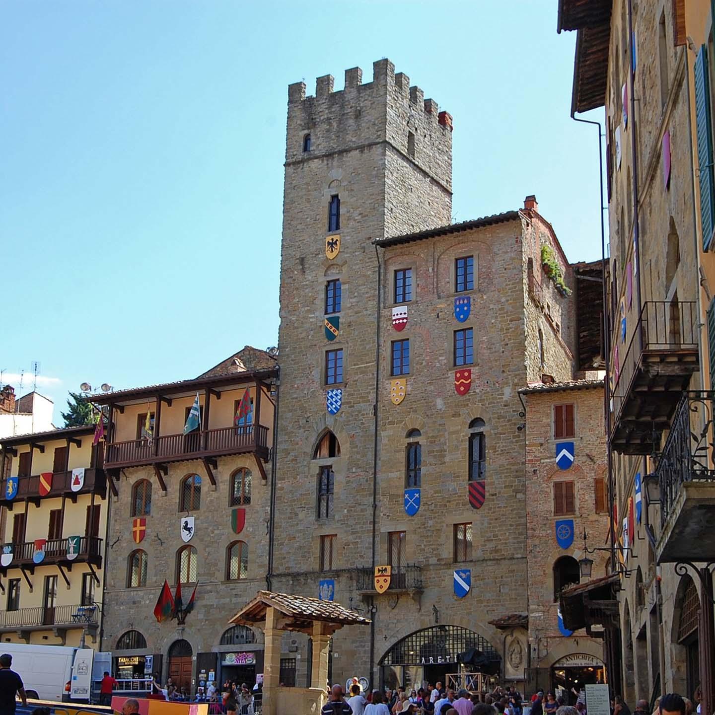 #60: Vlog in Italian #2: Arezzo – Giostra del Saracino, Arte, Architettura